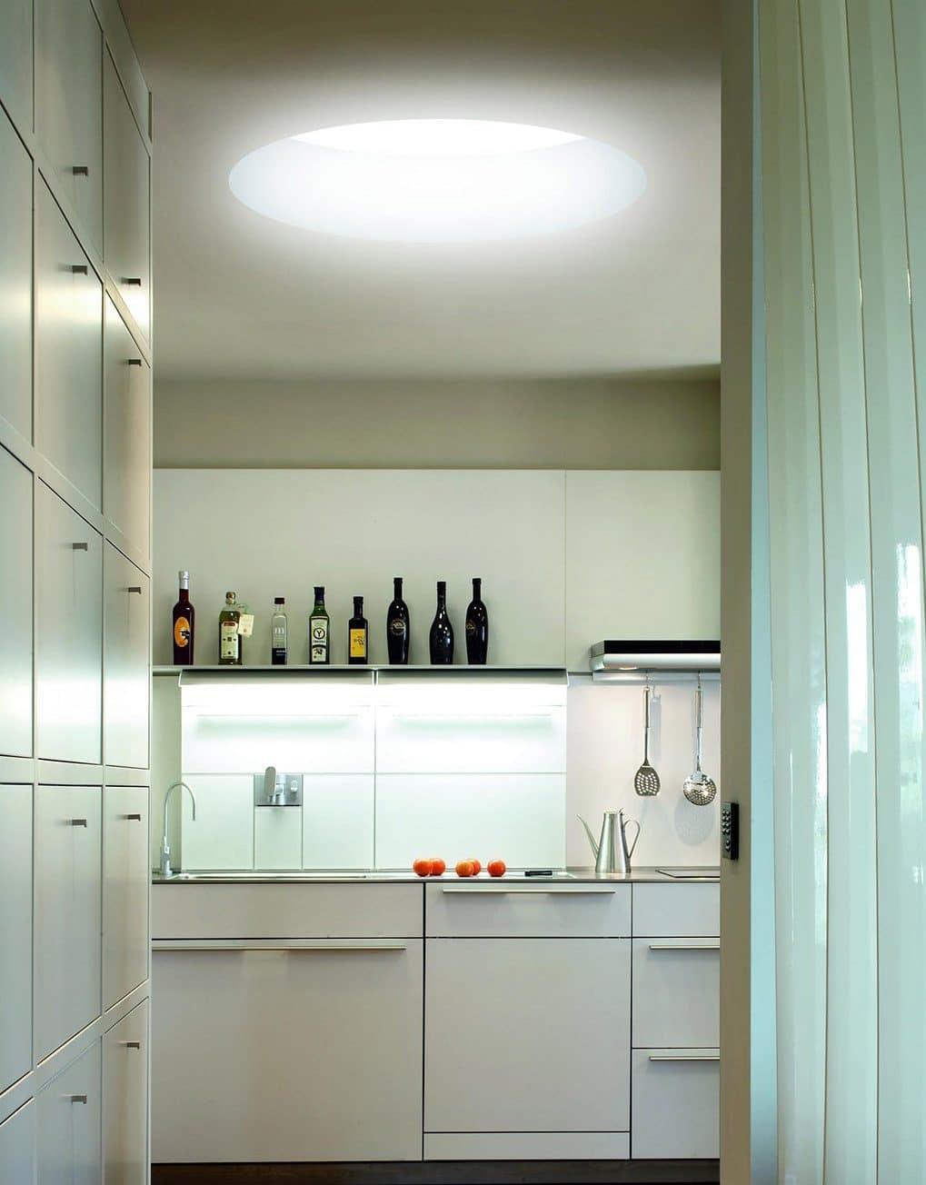 Iluminación interior cocina claraboya Sunlight de Maydisa