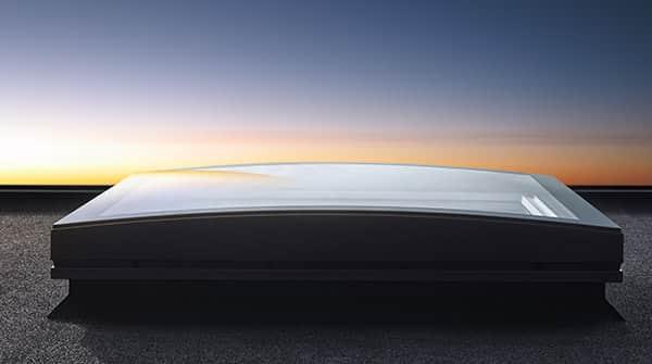Ventana VELUX para cubierta plana de vidrio curbado