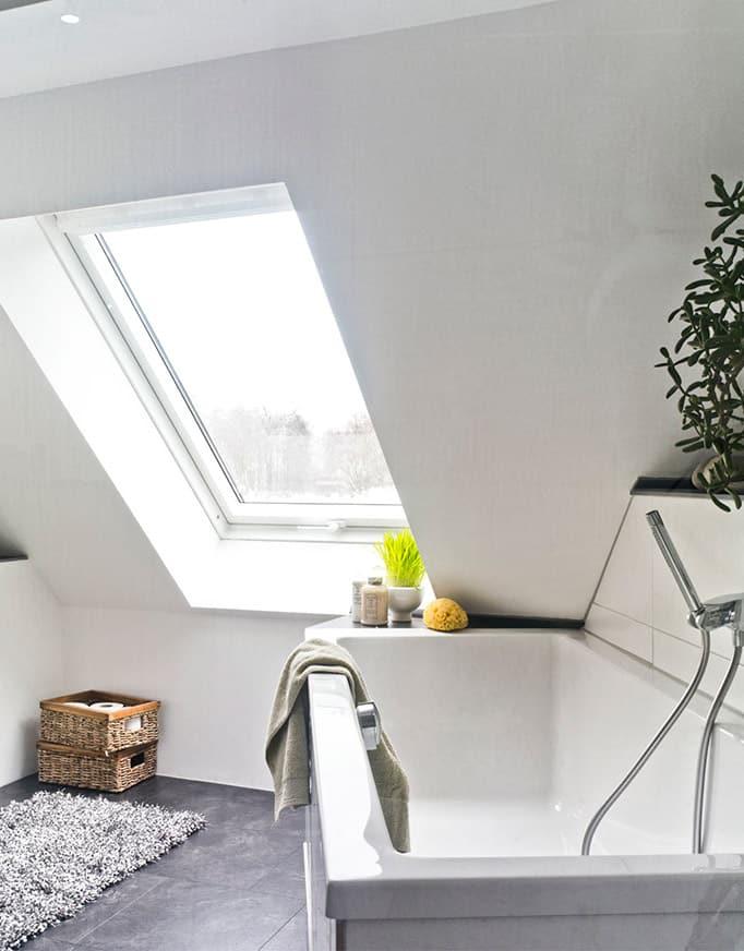 Ventanas VELUX para tejado manual baño